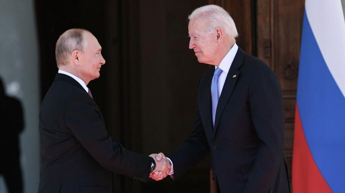 Обозреватель американского издания National Interest Николас Гвоздев рассказал о ловушке, в которую попали США из-за России. Он отметил, что одна из характ...